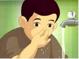 membersihkan hidung saat wudhu