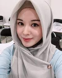 Ayana Moon